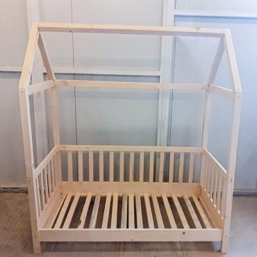 Patut Montessori realizat din lemn masiv